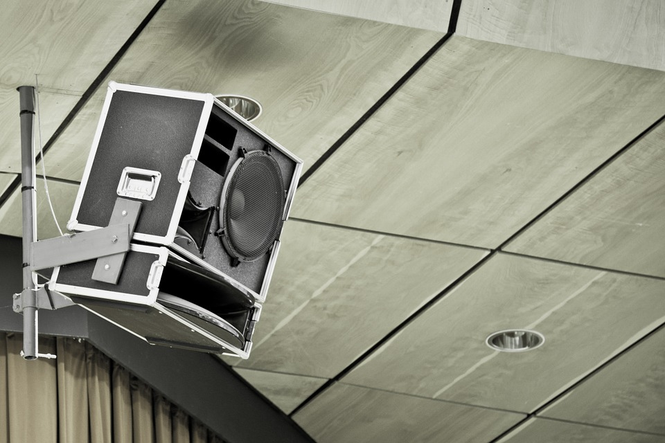 The Benefits Of Installing Commercial Ceiling Speakers