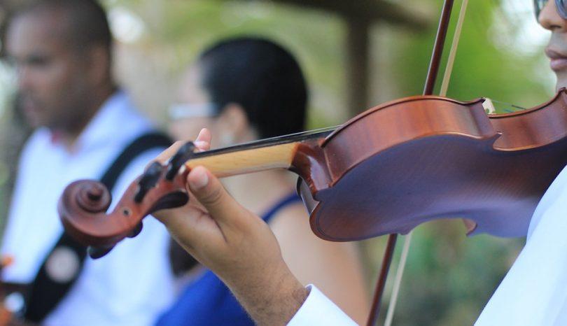Five Unique Wedding Entertainment Ideas