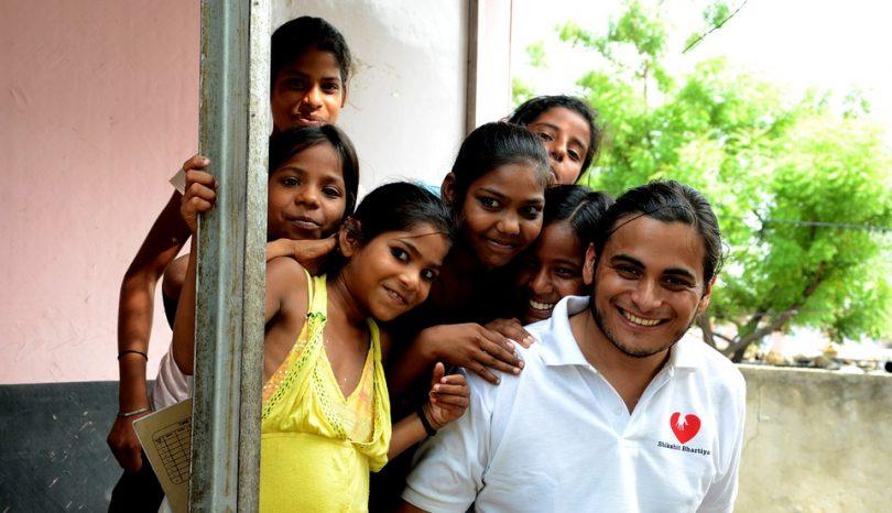 How To Volunteer Ethically Overseas
