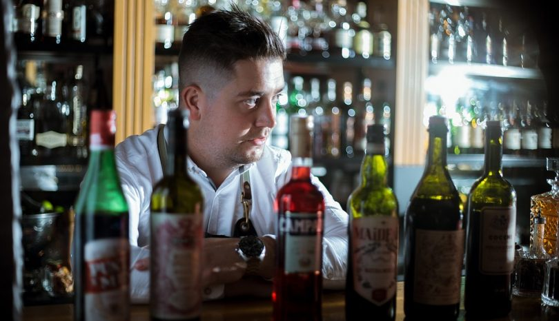 Why You Should Use A Mobile Bartending Service