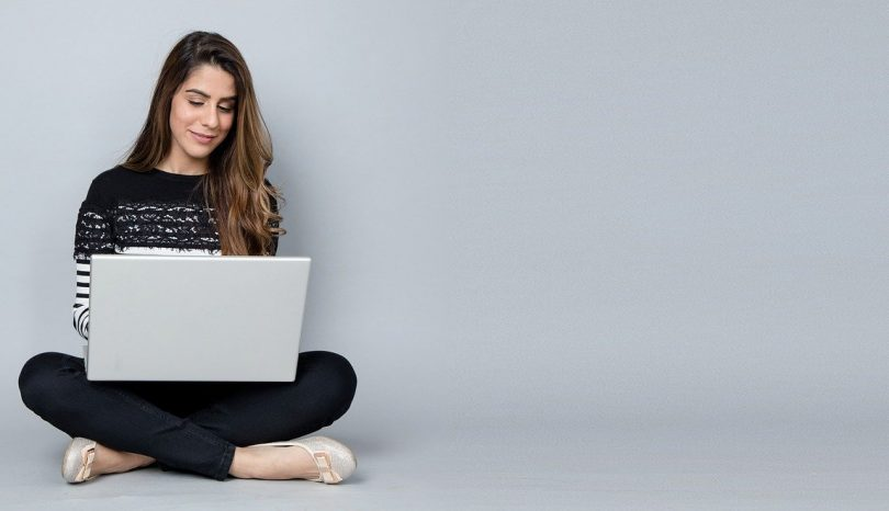 Why You Should Read Blogs For Women